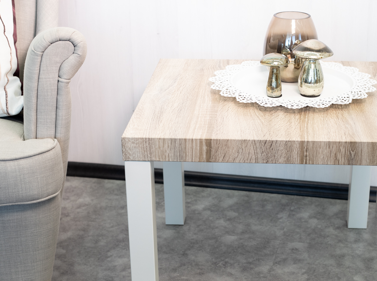 d-c-home   A rustic wooden look for your living room furniture!
