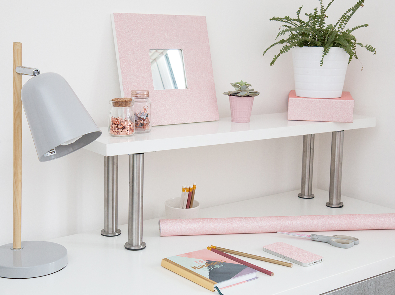 dcfix Möbel Klebefolie Dekofolie DIY Deko Kinderzimmer Schreibtisch Glitterfolie Rosa