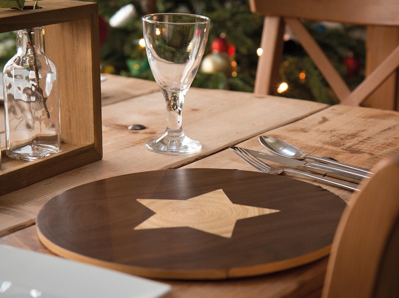dcfix Möbel Klebefolie Dekofolie DIY Deko Esstisch Weihnachten