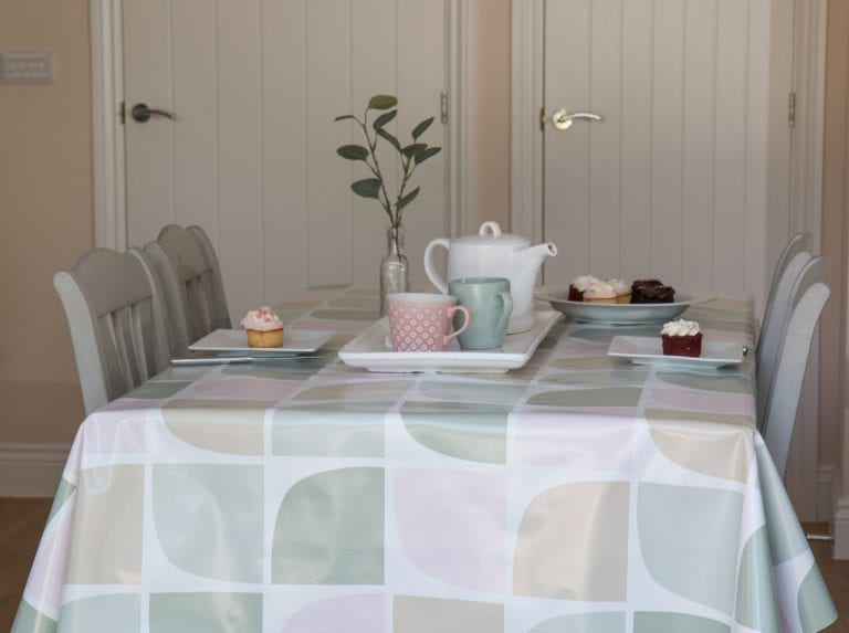dcfix Tisch Tischdecke DIY Deko Esszimmer