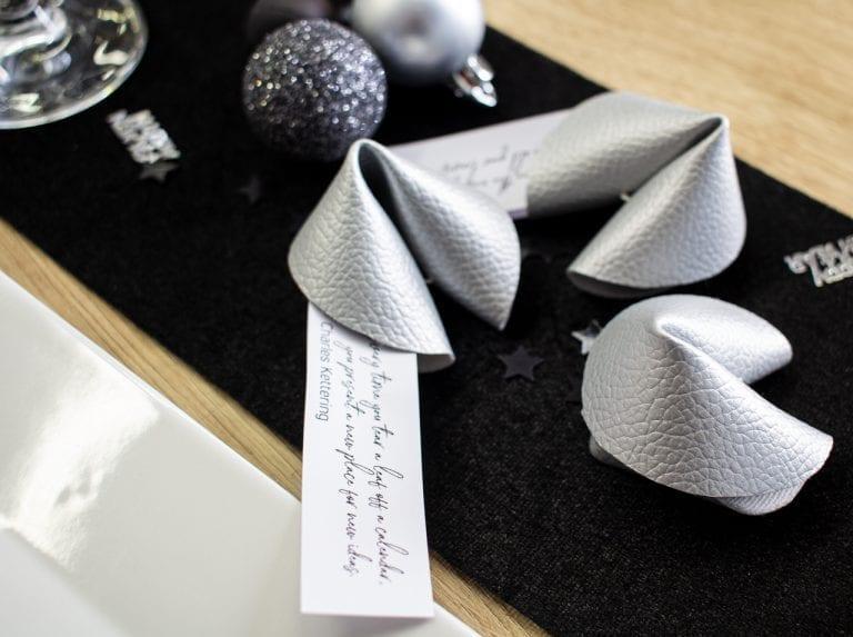 dcfix Kunstleder Silber DIY Deko Silvester Glueckskeks