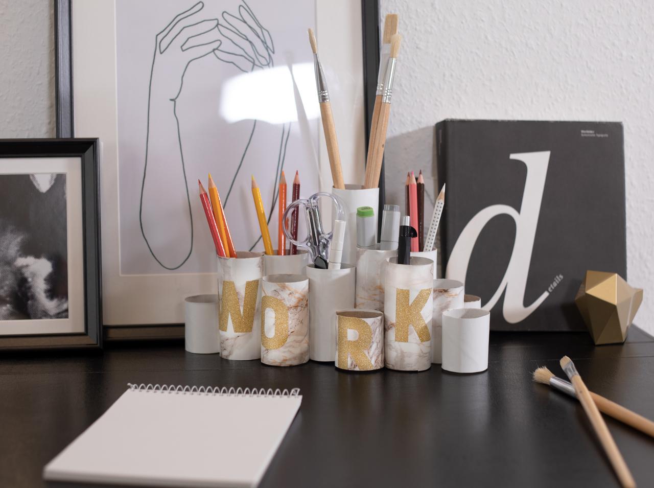dcfix Möbel Klebefolie Dekofolie DIY Deko Schreibtisch Arbeitsplatz