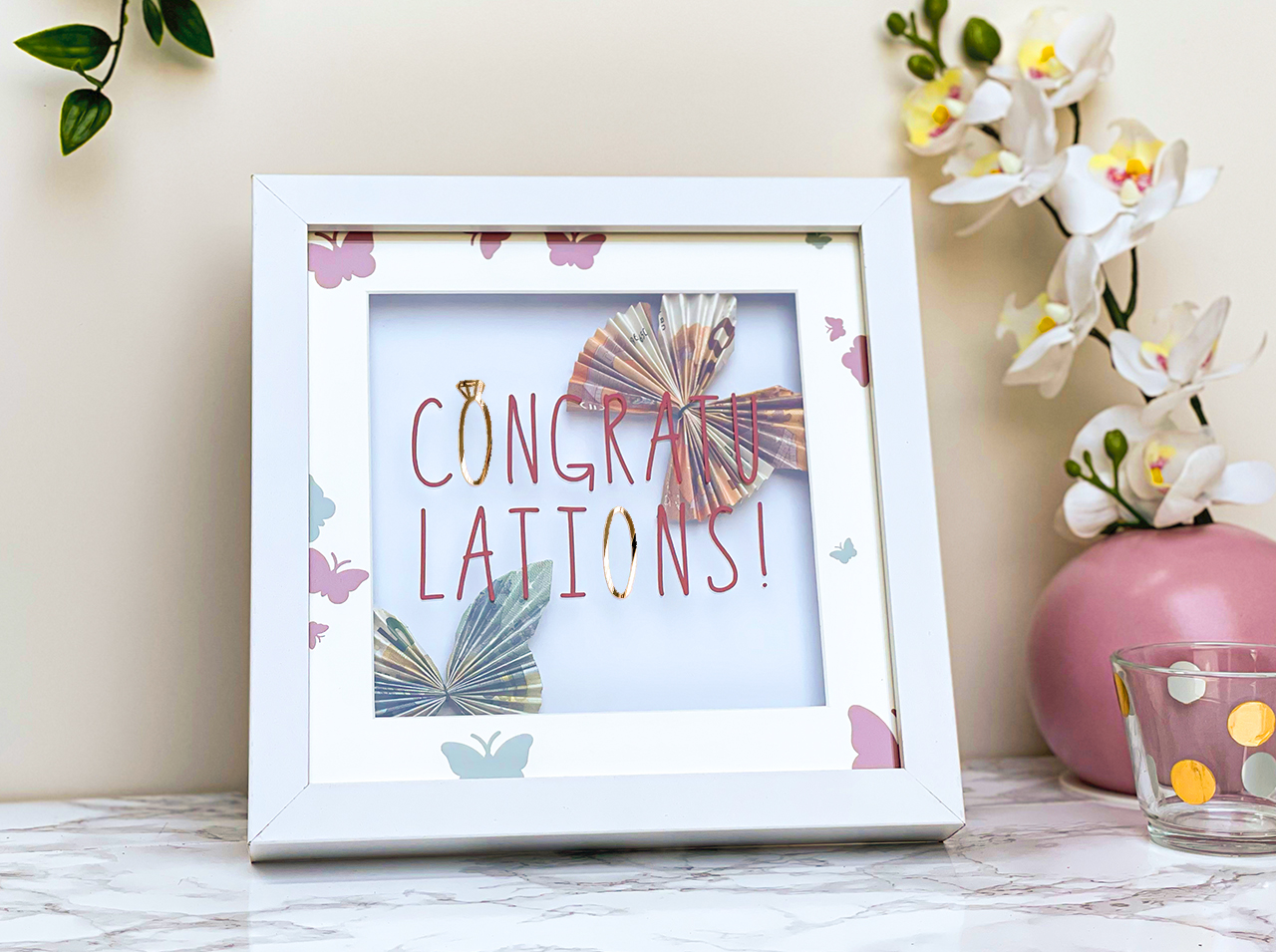 DIY gift: A unique gift – it's possible with this picture frame!